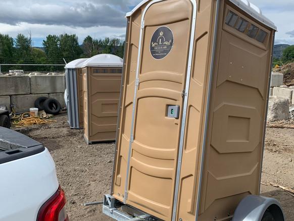 towable porta potty.jpeg