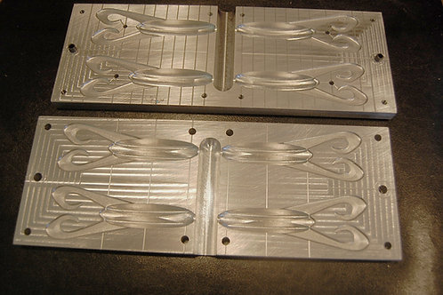 4 cavity  Weed Beater  frog bait injection mold