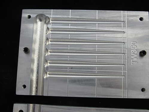 tw350 3.5 inch taper worm bait mold 6 cavity