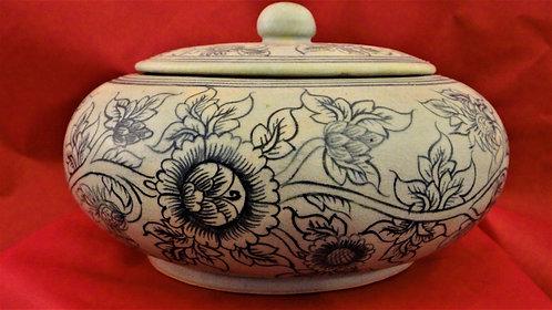 Lidded Flower Vine Bowl