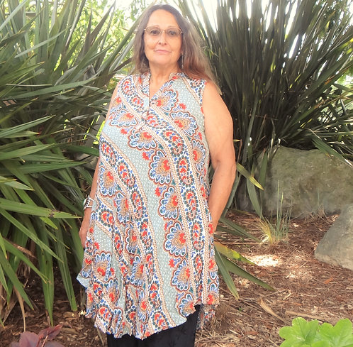 Henley Dress with Pockets: Papillon