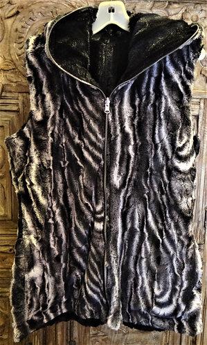 Hoody Vest : Black Agate in Large