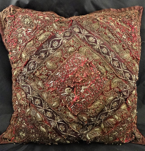 Ari Vintage Pillow Covers