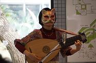 猫仮面で演奏