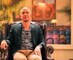 """הדברים המרכזיים שהפכו את ג'ף בזוס, מייסד ומנכ""""ל אמזון, לאיש העשיר בעולם"""