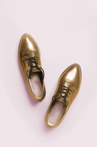 παπούτσια, ρούχα, αξεσουάρ