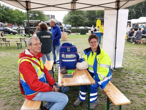 EHBO Eemnes helpt collega's Huizen