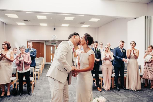AMPTHILL-REGISTRY-OFFICE-WEDDING-CHLOE-J