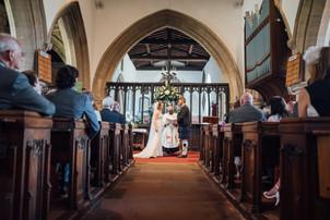 THE-BARNS- HOTEL-WEDDING-CHLOE-ANDREW-48