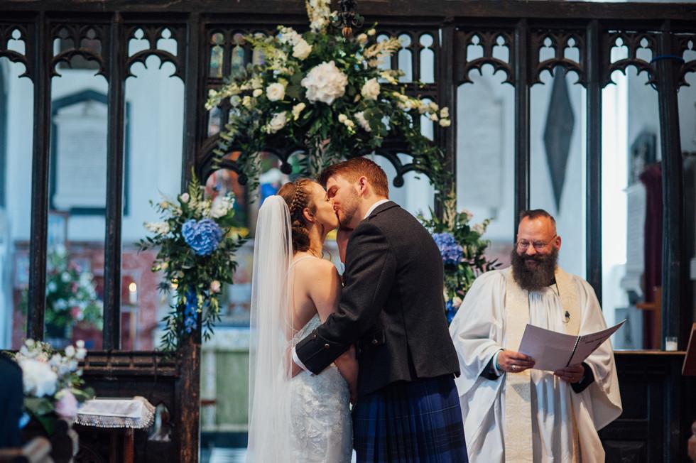 THE-BARNS- HOTEL-WEDDING-CHLOE-ANDREW-50
