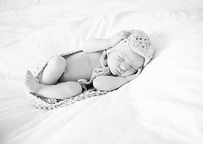 Louise-baby shoot BW-3188.jpg