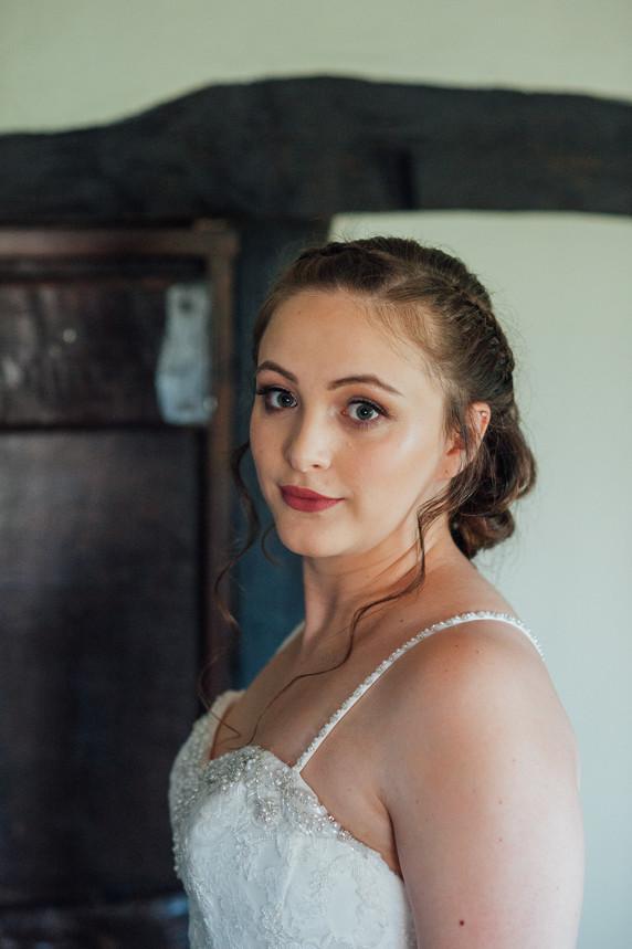 THE-BARNS- HOTEL-WEDDING-CHLOE-ANDREW-17