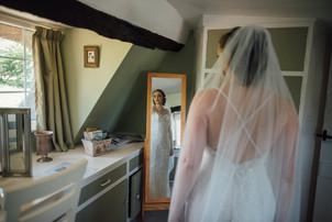 THE-BARNS- HOTEL-WEDDING-CHLOE-ANDREW-20