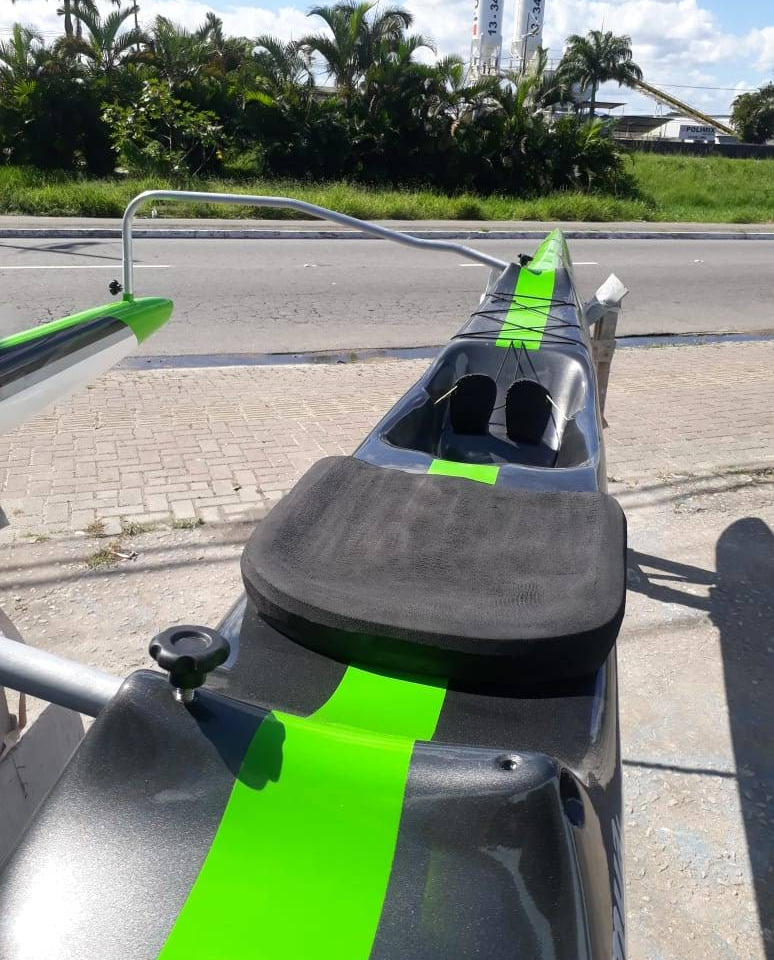 Assento ergonômico com material de qualidade superior e resistente ao sol