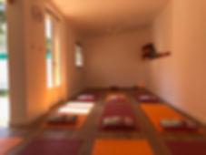 studio de yoga.JPG