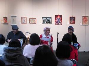 いがらしゆみこ先生と北海道在住の漫画家によるライブドローイングを開催いたしました。