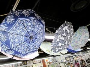江戸切子デザインのカサも!母の日にオススメのアイテムを紹介!(4階)