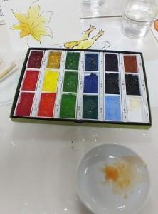 彩色には「顔彩」を使います