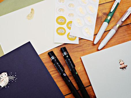 幸せを運ぶラッキーモチーフのボールペンとレター用品でお手紙を書きませんか? 2F