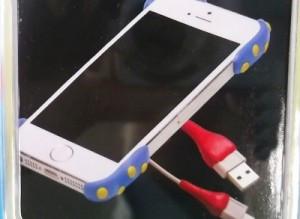 ケーブルの接合部分や、スマートフォンの角などを補強にも!