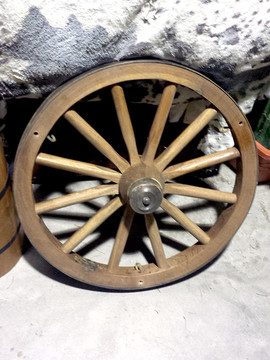 3ft Wagon Wheel