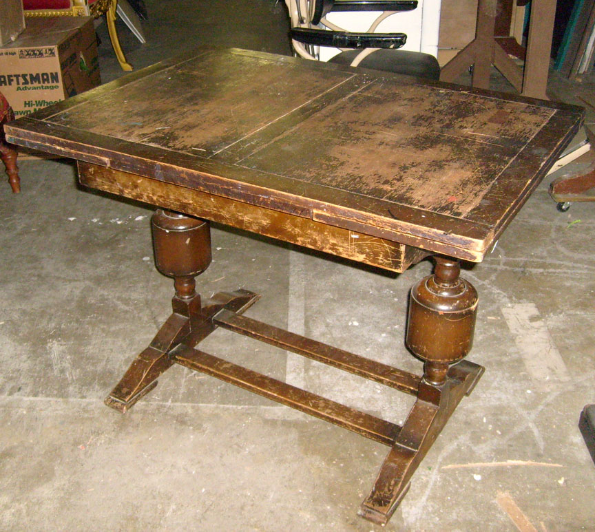 Cratchit Dining Table