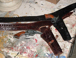 Six Shooter pair w holsters 400pix