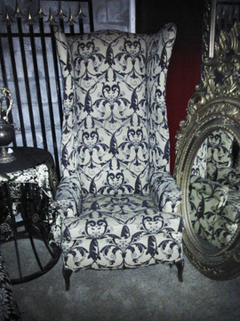 Alice Mad Hatter Chair