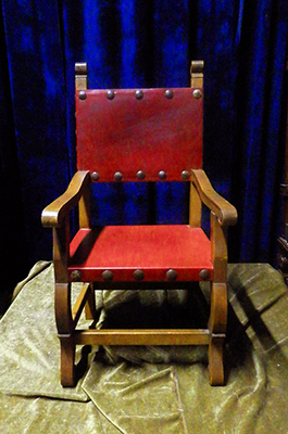 Throne N - Captain Santa Chair