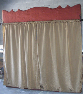 B&B Library Curtains closed 9ft x 8ft.jp
