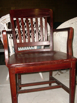 Wood Chair Witness or Lawyer