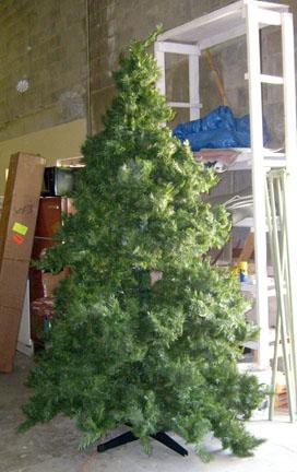 Christmas Tree 13 ft tall