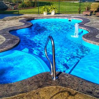 San Juan Desert Springs Fiberglass Pool