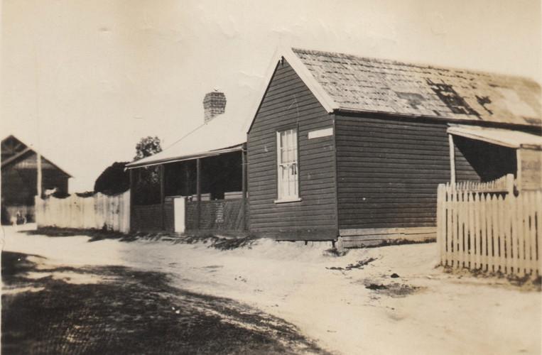 Pakenham Upper Post Office