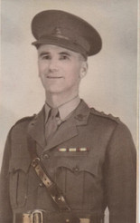 Jack Ellett VDC Captain abt 1943.jpeg