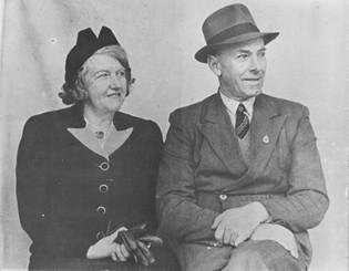 Ted & Daisy Appleton