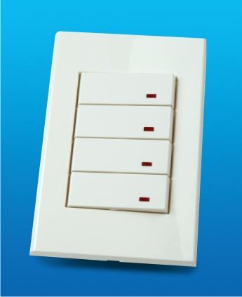 Tapas, interruptores, tomacorrientes