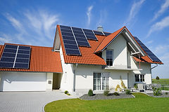 160614-solarpanelhouse-stock.jpg