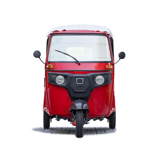 tuktuk2.jpg