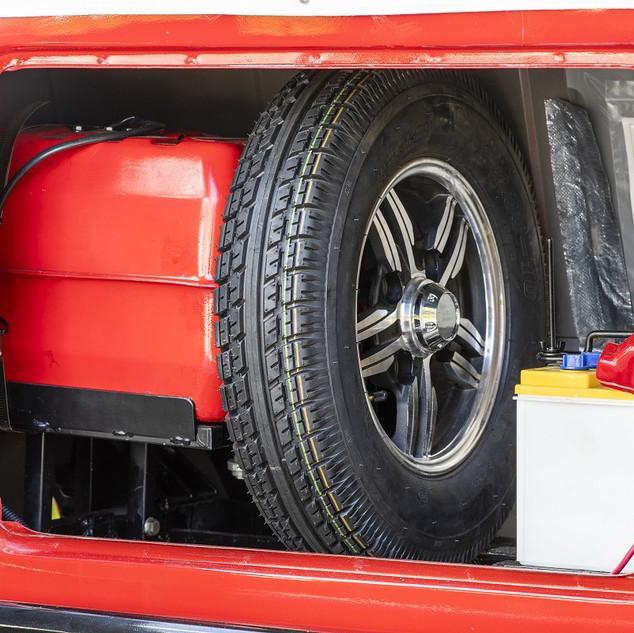 tuktuk8.jpg