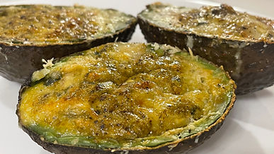 Baked Avacado-Eggs