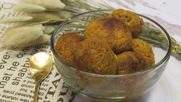 Healthy Syrup Filled Donuts (Gulab Jamun)