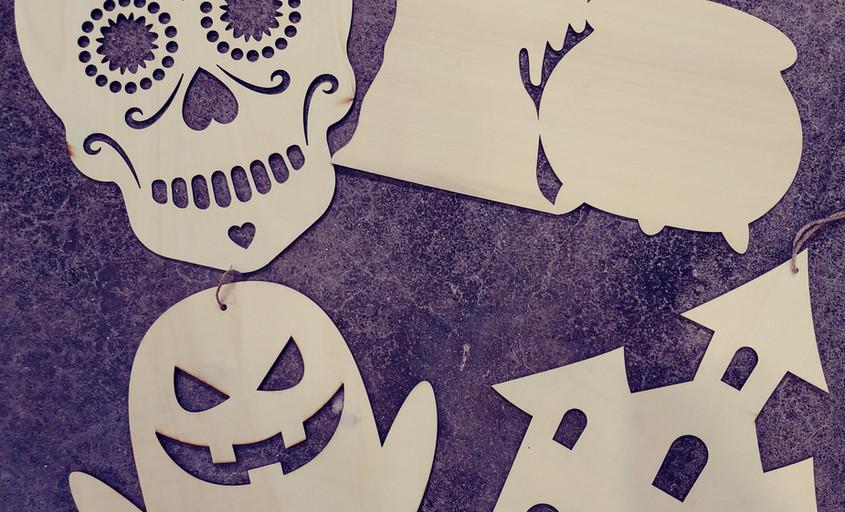 "12"" Halloween Cutouts"