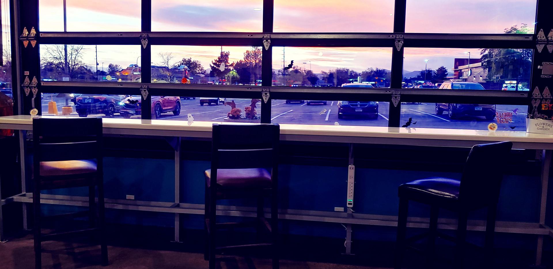 Laptop Bar Sunset