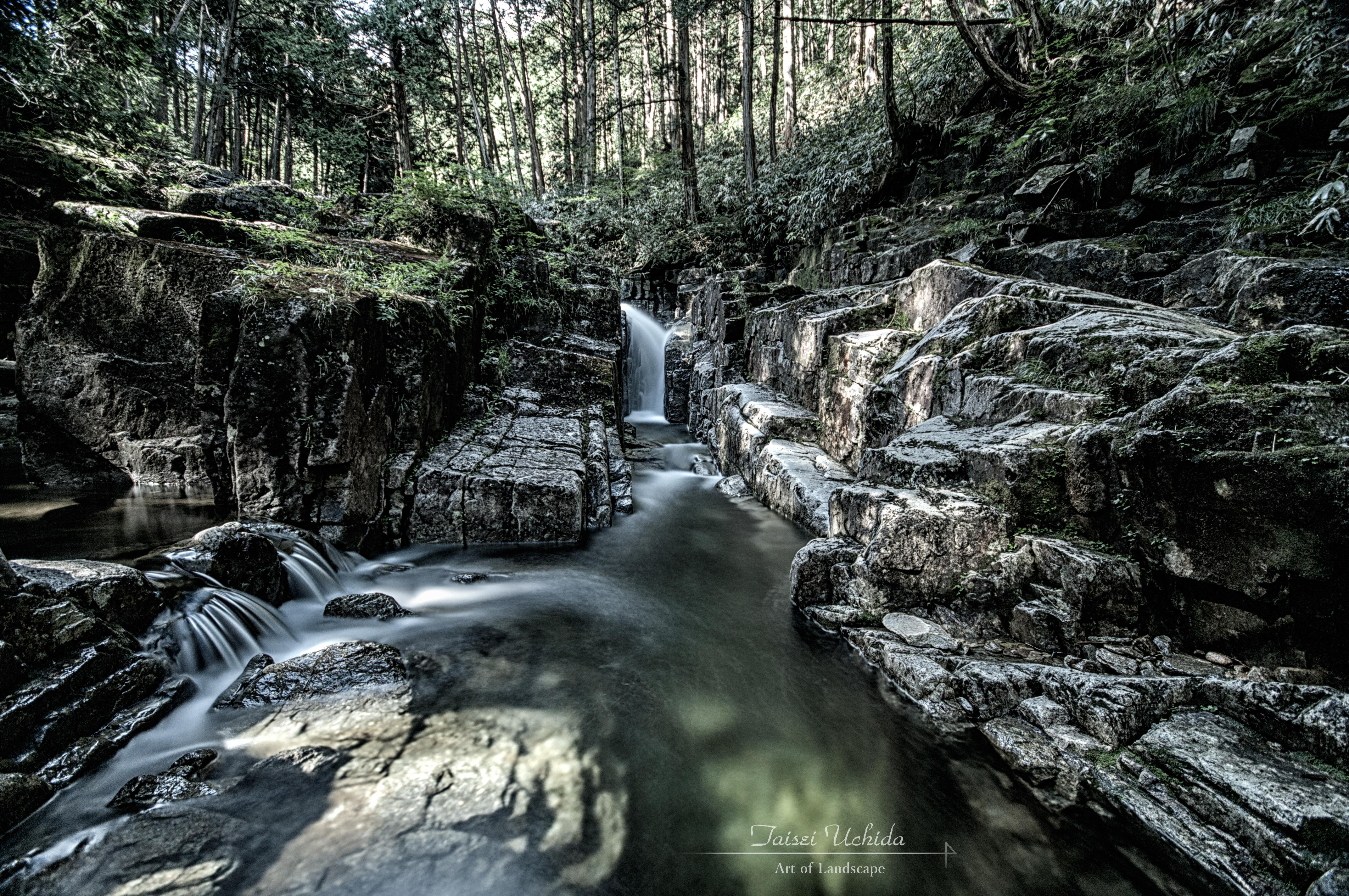 田立の滝 箱淵