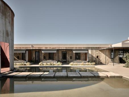 Design: Dexamenes Seaside Hotel