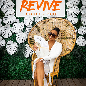 REVIVE MIAMI WHITE 2019