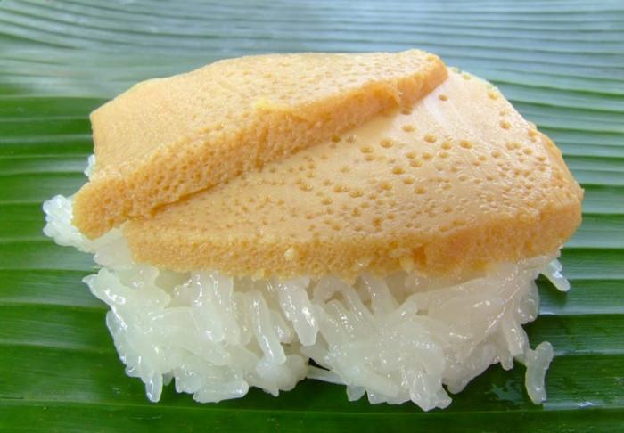 Sweet Sticky Rice with Thai Custard