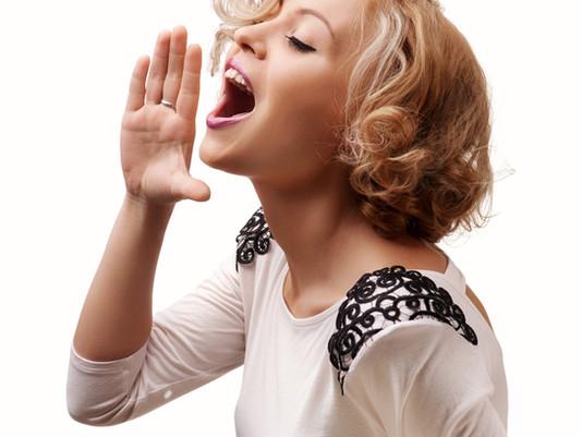 Como usar e cuidar da voz - por Juliana Paula