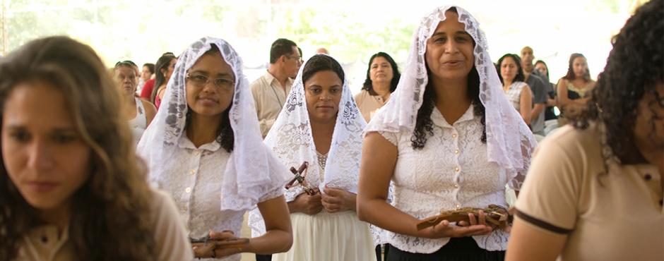 Vida Consagrada: Comunidade Deus Existe